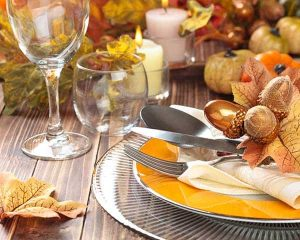 Beautiful Thanksgiving table setting